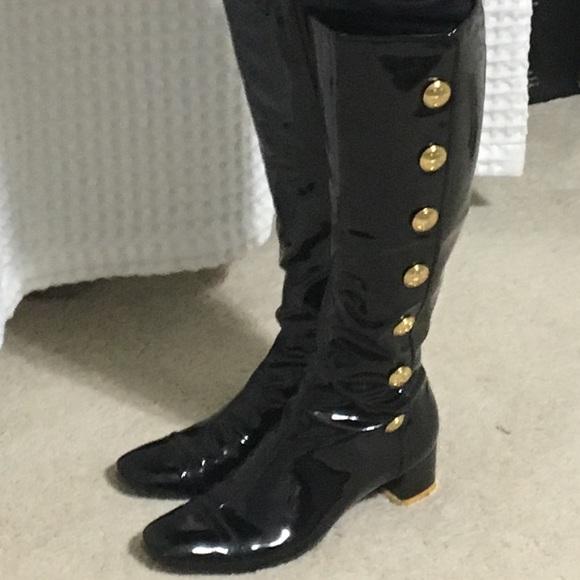 e84bf484861b6d Tori Burch 7.5 ladies patent leather boots. M 5a6eabc29a945516fcce9ea2
